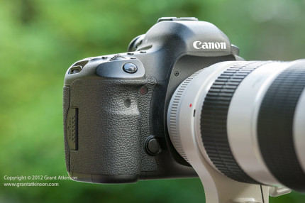 Canon 5Dmk3 and Canon EF 70-200L f2.8 IS II lens.