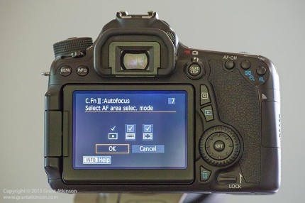 Canon EOS 70D showing three AF point grouping options.